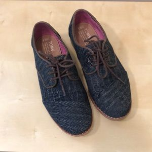 TOMS Oxford denim brogue shoe